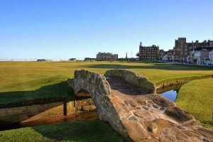 Swilcan Bridge - Royal and Ancient St Andrews